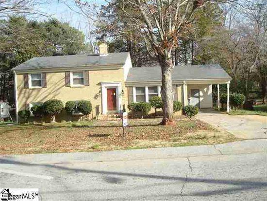 843 Pine Creek Dr, Greenville, SC 29605