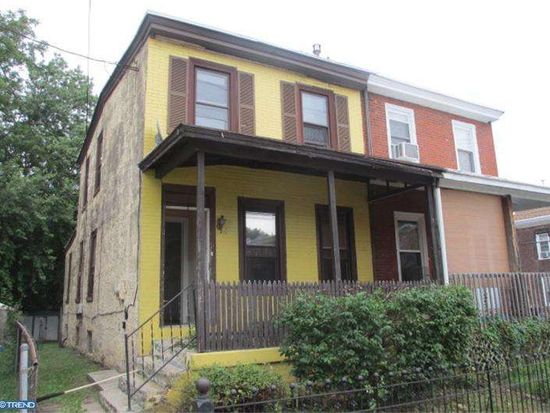 227 S 5th St, Darby, PA 19023