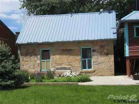 703 Arapahoe St, Thermopolis, WY 82443
