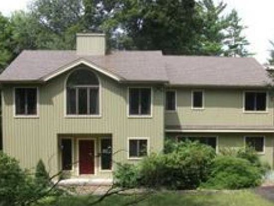 29 Hidden Brook Dr, Brookfield, CT 06804