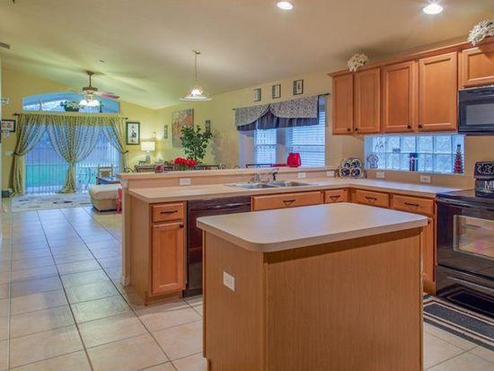 8396 Lake Amhurst Trl, Orlando, FL 32829