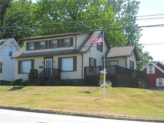 4504 Washington Ave, Erie, PA 16509