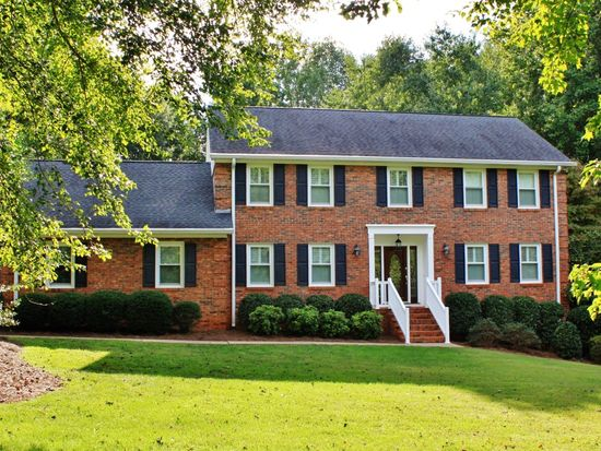 100 Woodwind Dr, Spartanburg, SC 29302