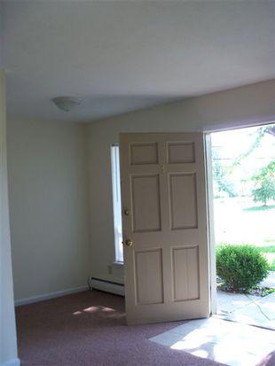 4800 Saddlebrook Ln APT 3, Louisville, KY 40216