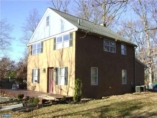1605 N Line St, Lansdale, PA 19446