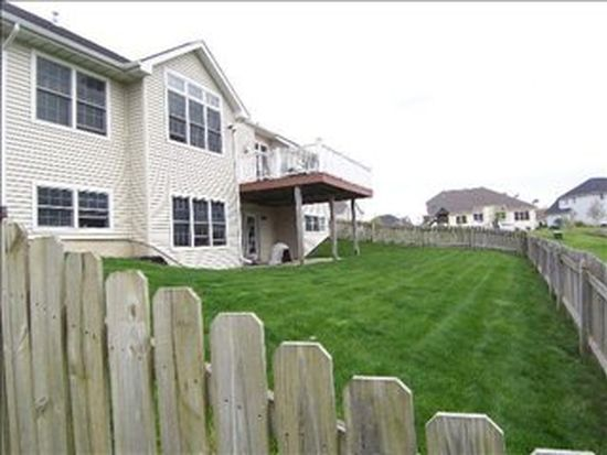 255 E 123rd Pl, Crown Point, IN 46307