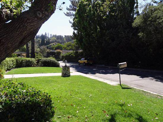16081 Valley Wood Rd, Sherman Oaks, CA 91403