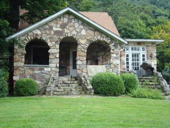 Paragon Jewel, Bluefield, WV 24701