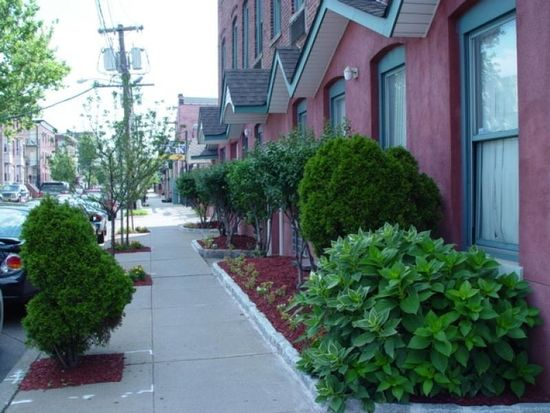 39-45 Bruen St, Newark, NJ 07105
