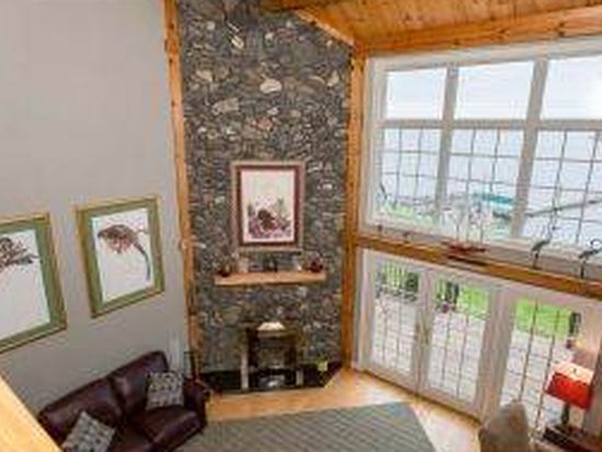 28 Cedar Point Rd, Durham, NH 03824
