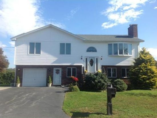 189 Rogers St, Dartmouth, MA 02748