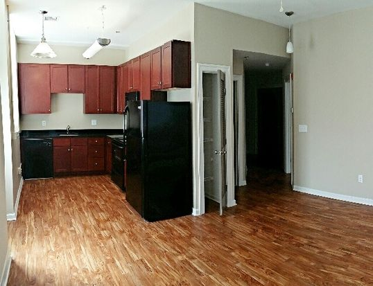 1201 W City Point Rd APT 112, Hopewell, VA 23860