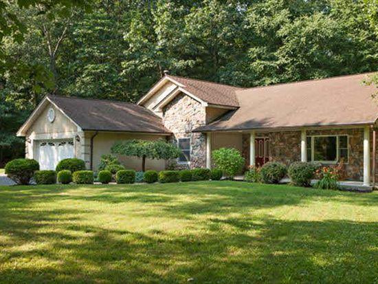 533 Creek Rd, Poughkeepsie, NY 12601