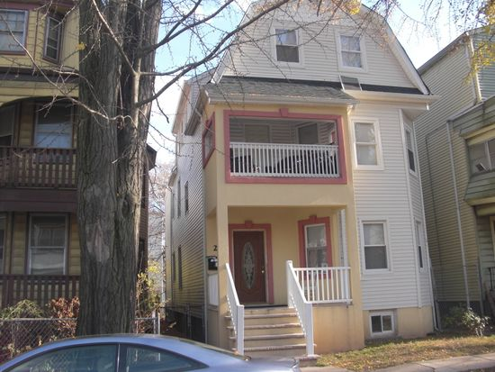 26 S 17th St, East Orange, NJ 07018