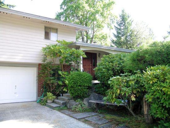 15310 NE 7th Pl, Bellevue, WA 98007