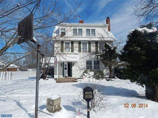 3 Lincoln Ave, Warminster, PA 18974