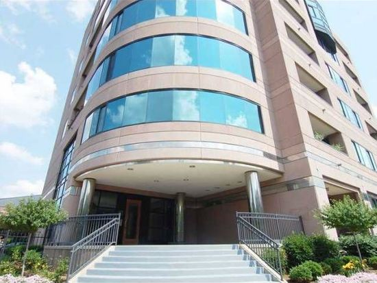 225 N New Jersey St APT 55, Indianapolis, IN 46204