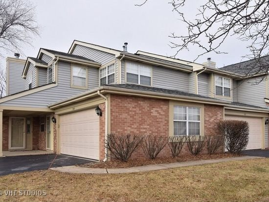 1507 Club Dr, Glendale Heights, IL 60139