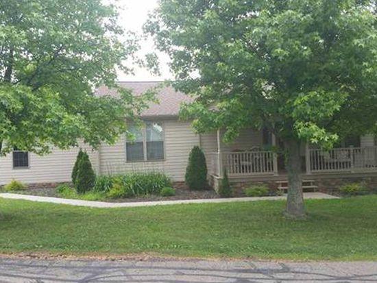 1620 Charlton Heights Rd, Coraopolis, PA 15108