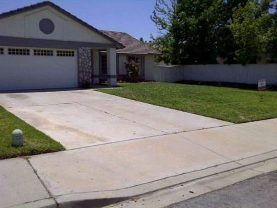 3471 N Woodruff Ct, Rialto, CA 92377