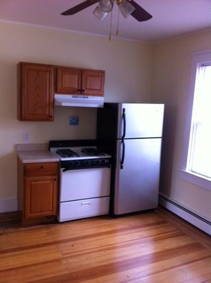 61 Lucille St, Providence, RI 02908