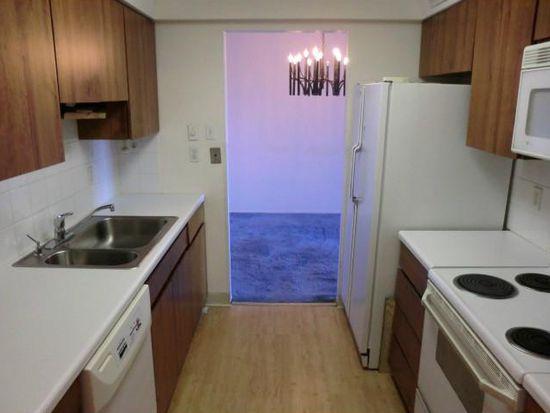 5600 Munhall Rd APT 617, Pittsburgh, PA 15217