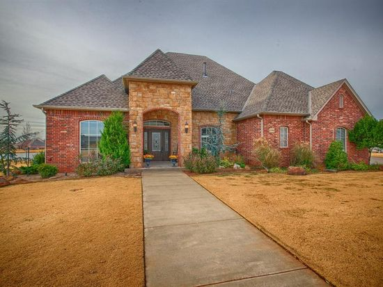 22965 Cove Wood Cir, Edmond, OK 73025