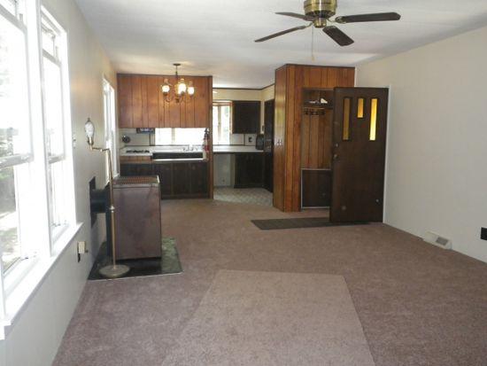 37 Cobb Rd, Charlestown, NH 03603