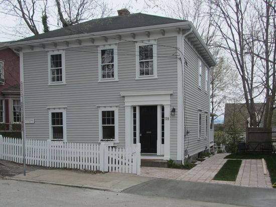 118 Peirce St, East Greenwich, RI 02818