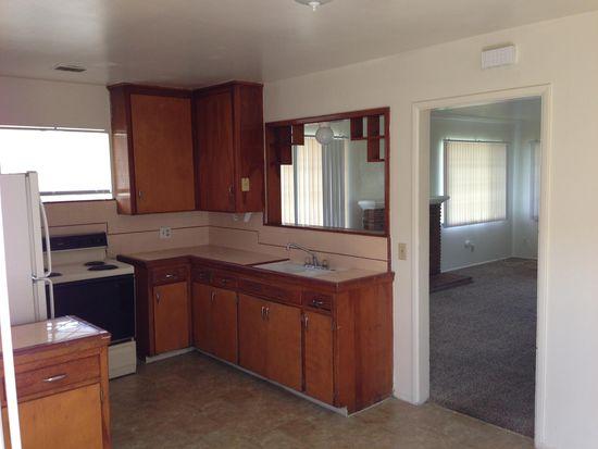 2828 N 1st St, Fresno, CA 93703