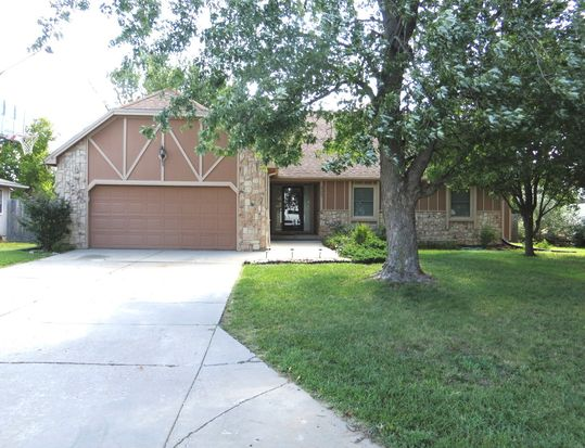 2044 Marc Ave, Andover, KS 67002