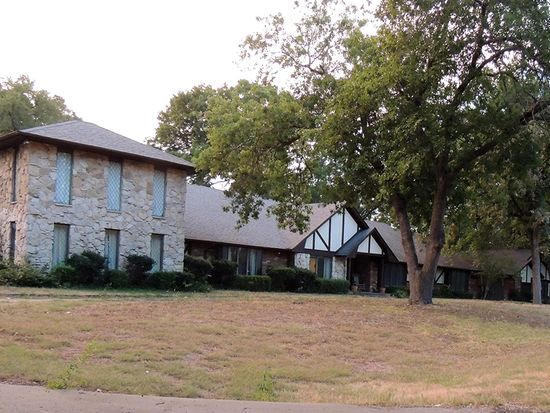 103 Woodhaven Ct, Red Oak, TX 75154