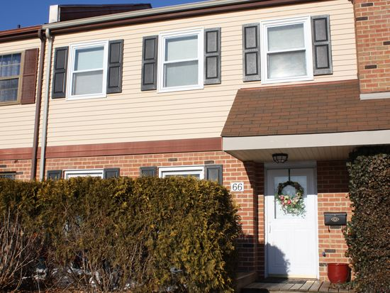 66 Coventry Ln, Langhorne, PA 19047