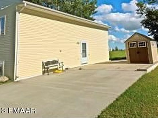 616 Willow Ct, Horace, ND 58047