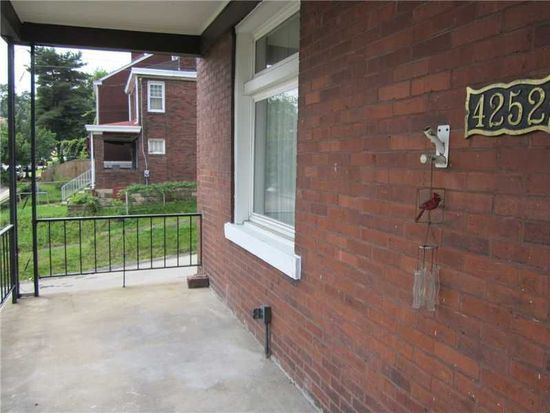 4252 Stanley St, Pittsburgh, PA 15207