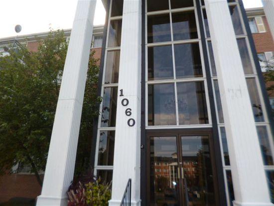 1060 N Farnsworth Ave, Aurora, IL 60505