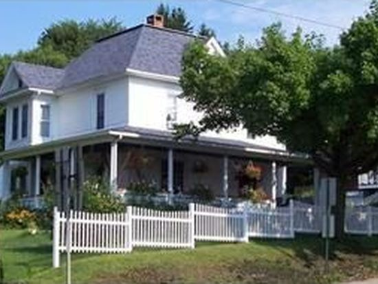 3226 S Main St, Sandy Lake, PA 16145