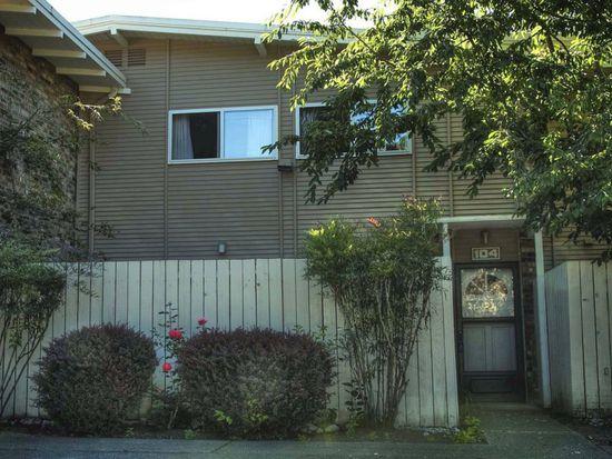 12251 SE 59th St APT 104, Bellevue, WA 98006