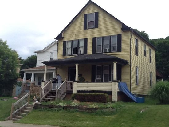813 Crescent Ave, Ellwood City, PA 16117