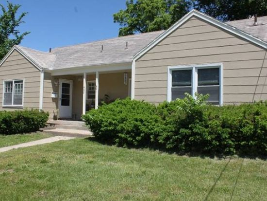 621 N Pleasant St, Independence, MO 64050