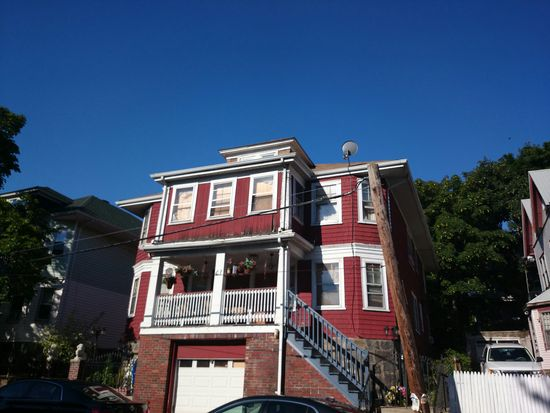 63 Greenbrier St, Dorchester Center, MA 02124
