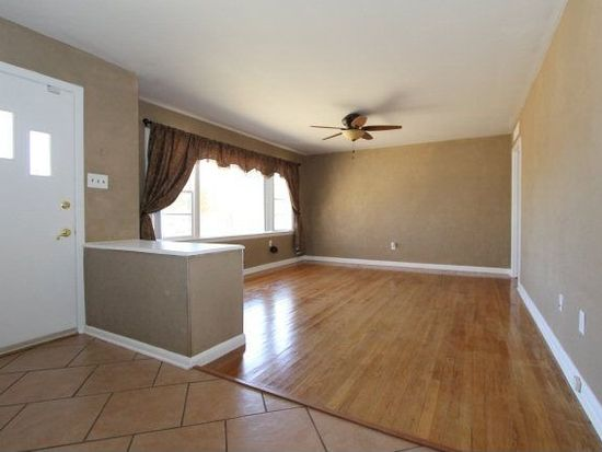 4307 33rd St, Lubbock, TX 79410