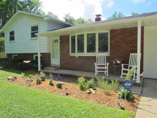 13418 Anderson Rd, Granger, IN 46530
