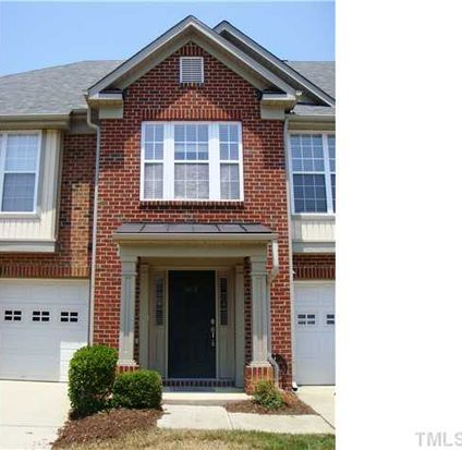 9812 Blackwell Dr, Raleigh, NC 27617