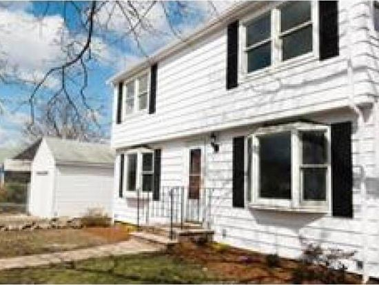 11 Florence Rd, Peabody, MA 01960