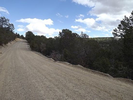 99 Quail Run Rd, Tijeras, NM 87059