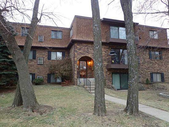 1015 Woodland Heights Ct SE APT 15, Cedar Rapids, IA 52403