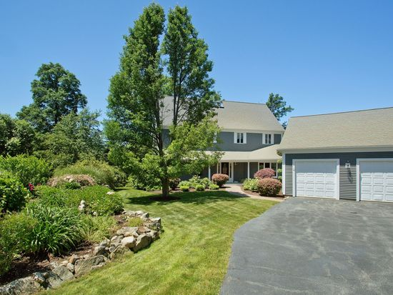 60 Forest Ln, Scituate, MA 02066