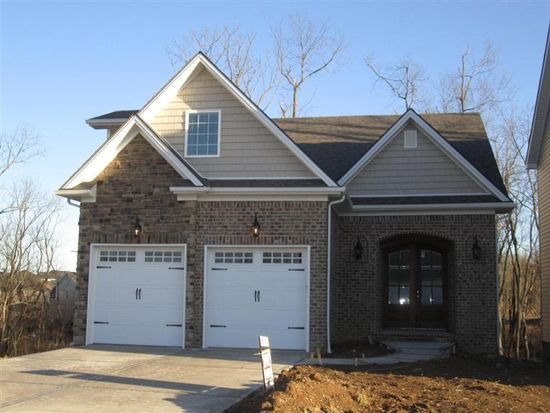 2065 Falling Leaves Ln, Lexington, KY 40509