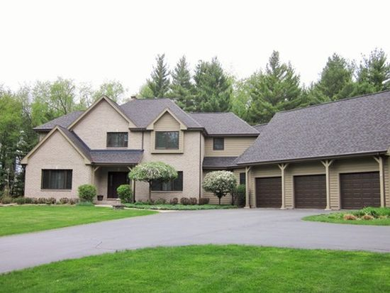 3501 S Cherry Valley Rd, Woodstock, IL 60098